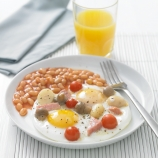 Breakfast Omelette with Baked Beans