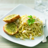 Crab and Lemon Liguine with Pesto Garlic Bread